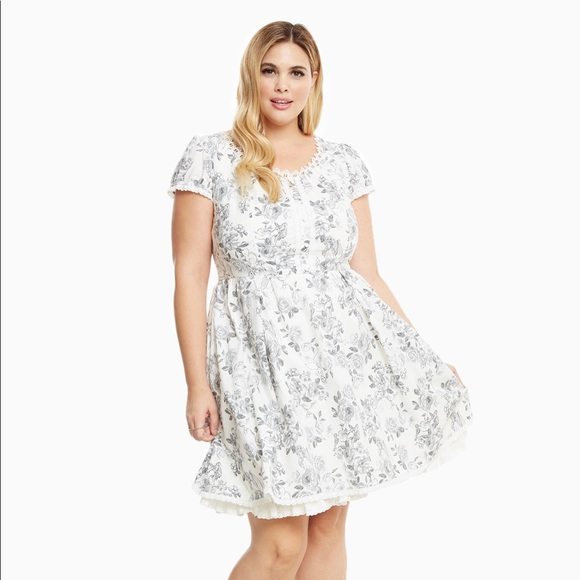 Torrid Dresses Bnwt Disney Princess Sketch Dress Size 14 Poshmark